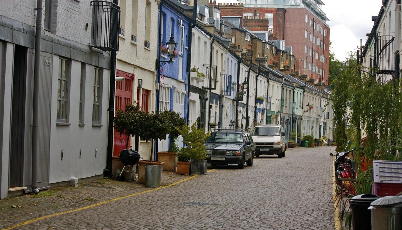 london streets cranley mews sw7 little london. Black Bedroom Furniture Sets. Home Design Ideas